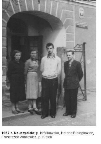1957-nauczyciele.jpeg